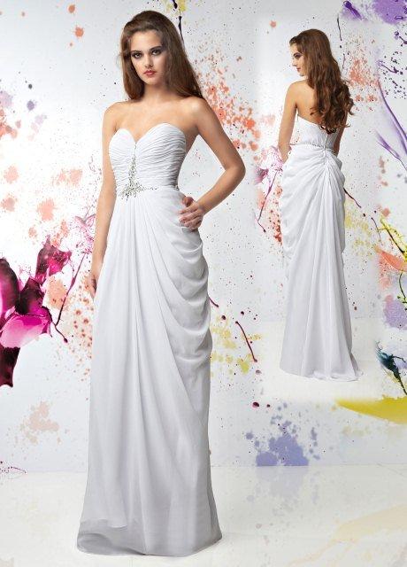 beyaz uzun mezuniyet elbiseleri