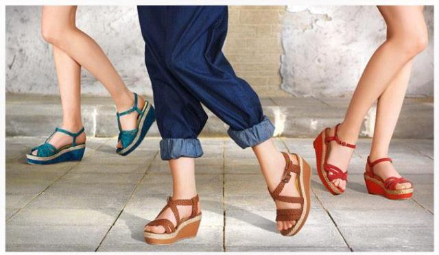 en moda dolgu topuk sandalet modelelleri