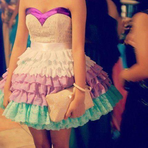 en moda mezuniyet elbisesi