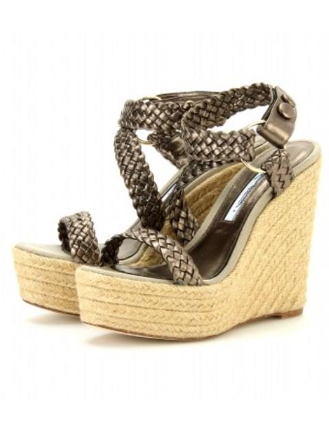 en trend dolgu topuk sandalet modelleri