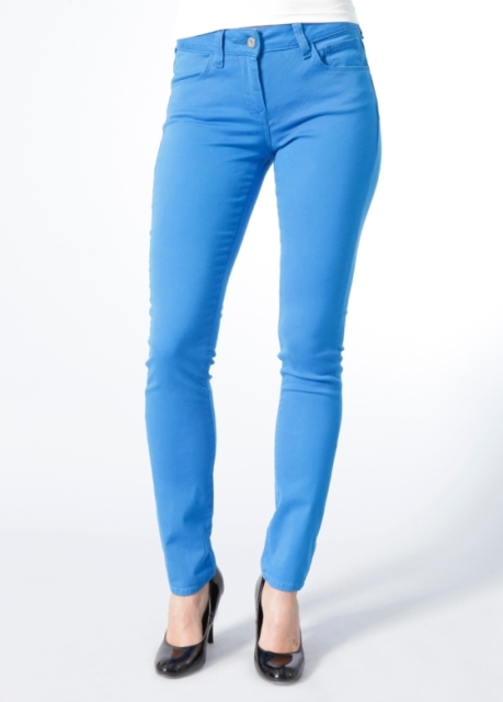 mavi jeans renkli pantolonlar