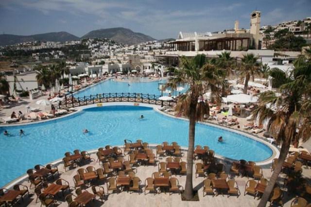 wow hotel bodrum havuz