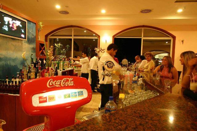 yasmin resort bodrum bar
