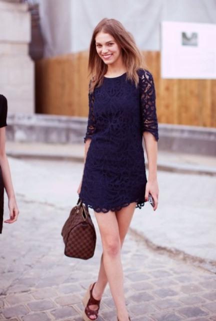 lacivert dantel elbise modeli