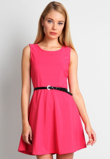 pembe mini elbise modeli