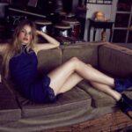 gece mavisi dantelli elbise