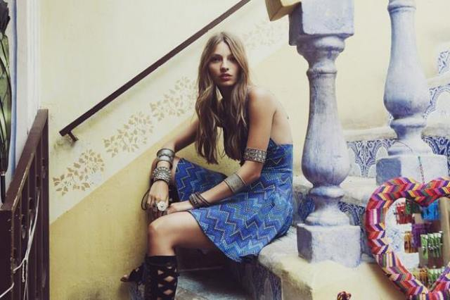 mavi mini elbise