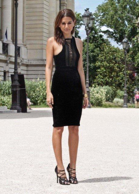 b7743ce810050 siyah dar kesim elbise modeli | En MODA Ne Var?