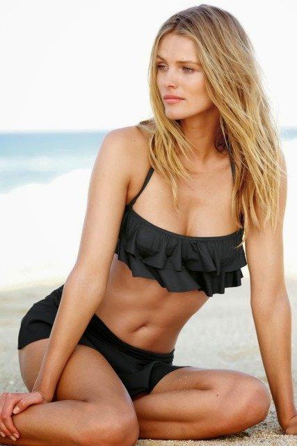 siyah bikini modeli