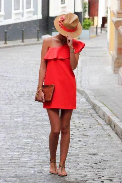 tek omuz elbise modeli