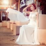 beyaz uzun abiye elbise modeli